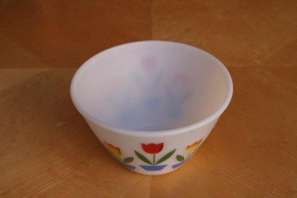画像1: Fire-King チューリップミキシングボール(白)Mサイズ (1)