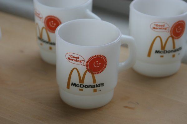 画像1: Fire-King マクドナルドマグ (Good Morning! McDonald's Mug) (1)